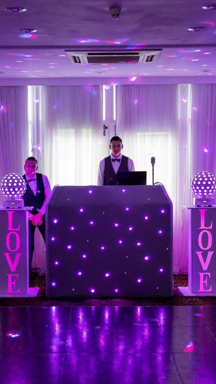 Ben Bell Wedding DJ set up ready to play